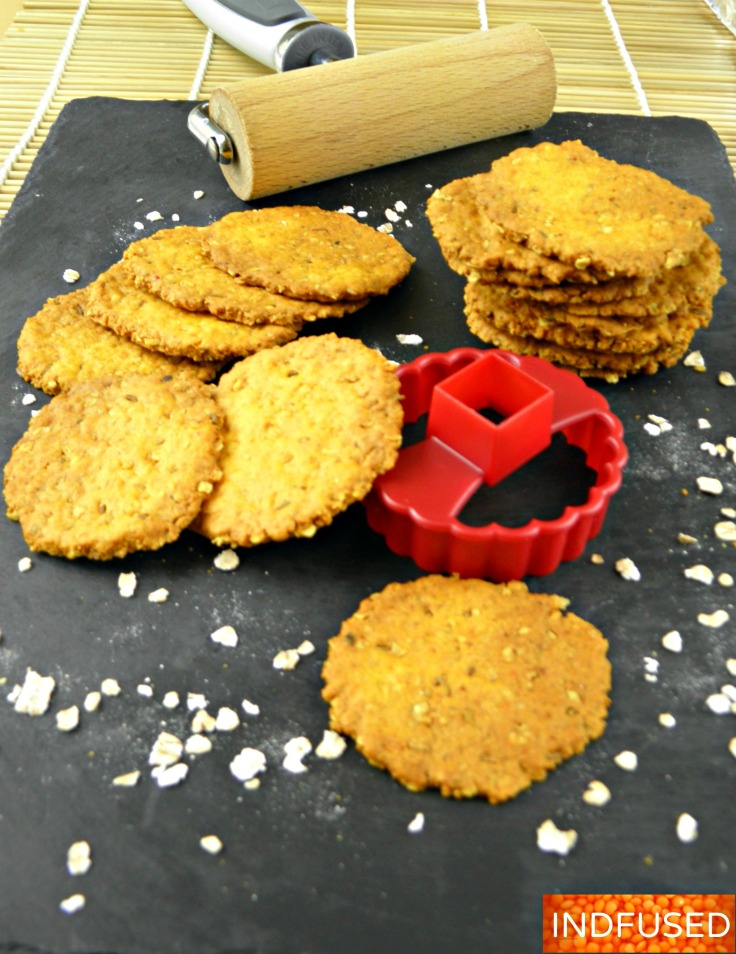 Perfect for summer picnics and car trips! Quick and easy recipe for figure friendly, moreish Khari puri made with pancake mix , oats and Indian spices.