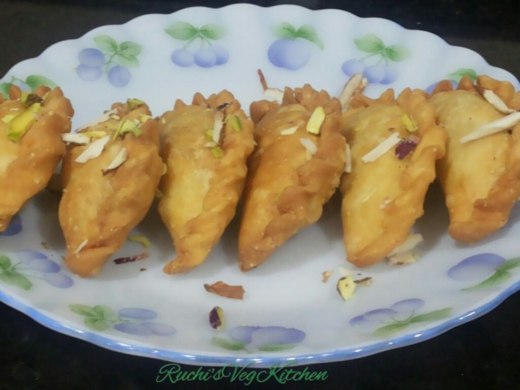 Ruchi's Dry Fruit Ghugra