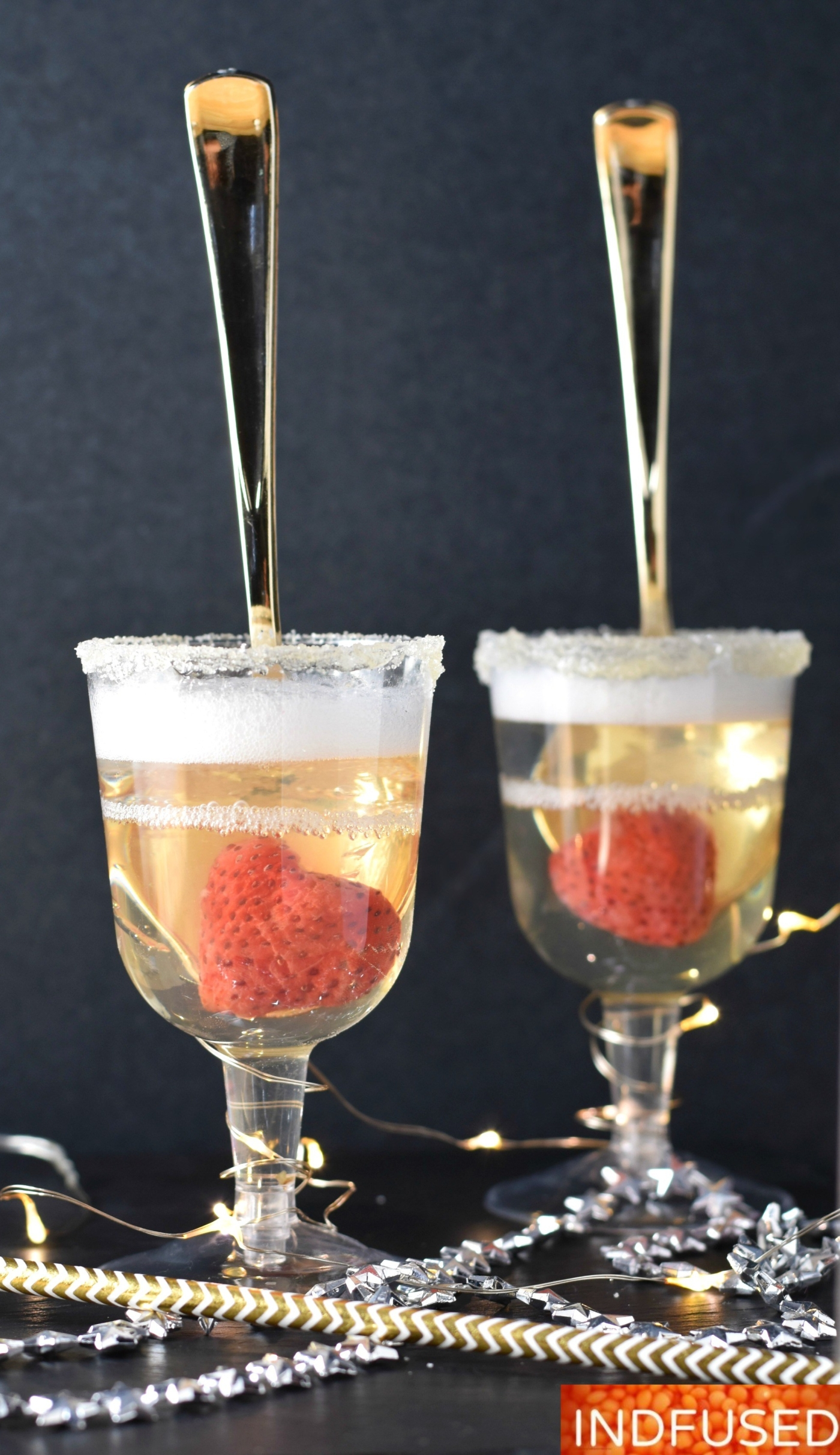 Dazzling Champagne Jelly Flutes for New Years party serves 2. setting time 3 hours