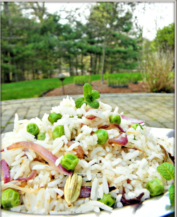 Easy Peasy Spring Pullav- fragrant Basmati Rice and peas cooked in mild aromatic spices