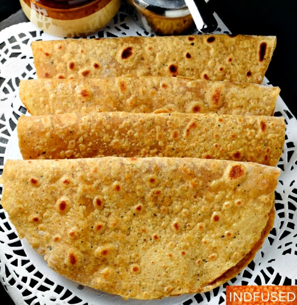 Khajurachi Poli- is a luscious whole wheat bread naturally sweetened with dates and scented with cardamom.