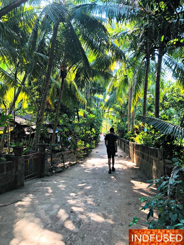 One of the alleys leading to the beach in Malvan, India